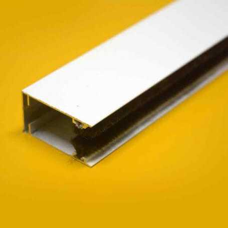 Guía bajante aluminio para mosquitera enrollable 2